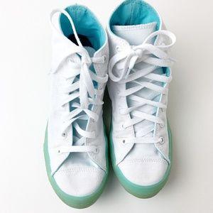 Converse Hi-Tops Chucks White Lace Ups 7